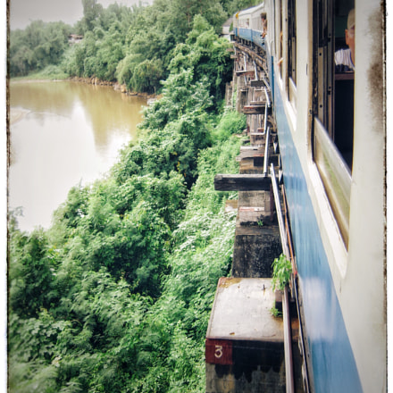 Train ride along River, Nikon COOLPIX S600