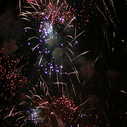 Fireworks 7, Canon EOS 400D DIGITAL, Canon EF 85mm f/1.8 USM