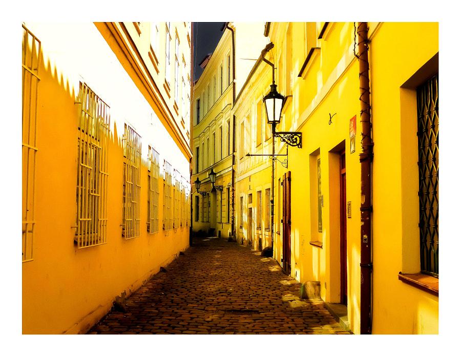 La rue jaune, автор — Bernard Giral на 500px.com