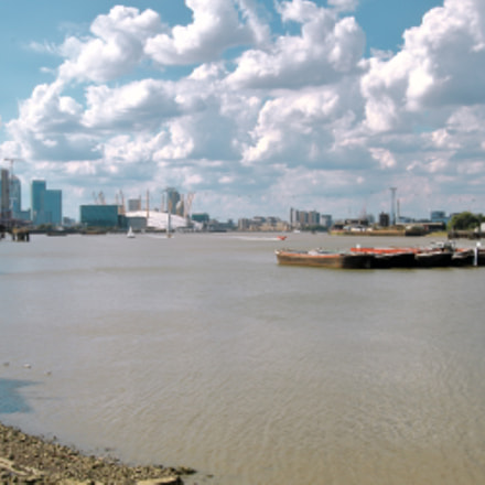 Looking at London Skyline, Canon EOS 70D, Canon EF-S 10-22mm f/3.5-4.5 USM