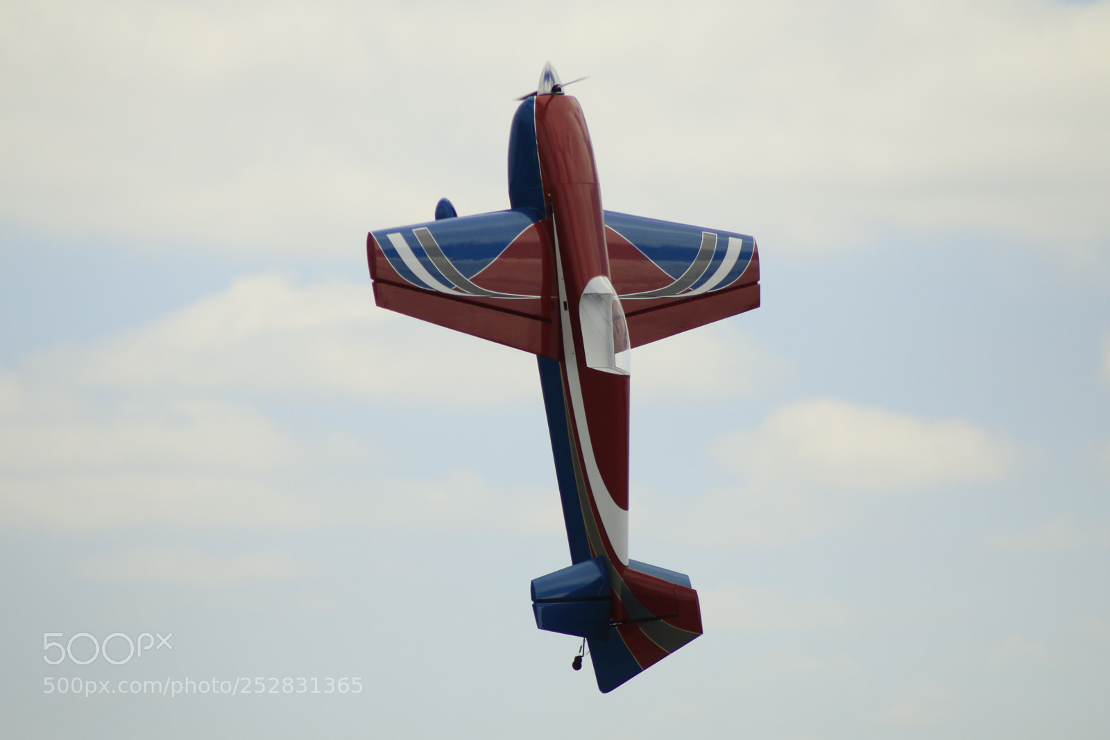 The RC Plane, Going, Canon EOS 70D, Tamron AF 70-300mm f/4-5.6 Di LD 1:2 Macro