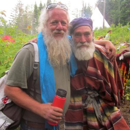 Brad&Chris, Canon POWERSHOT SD1300 IS