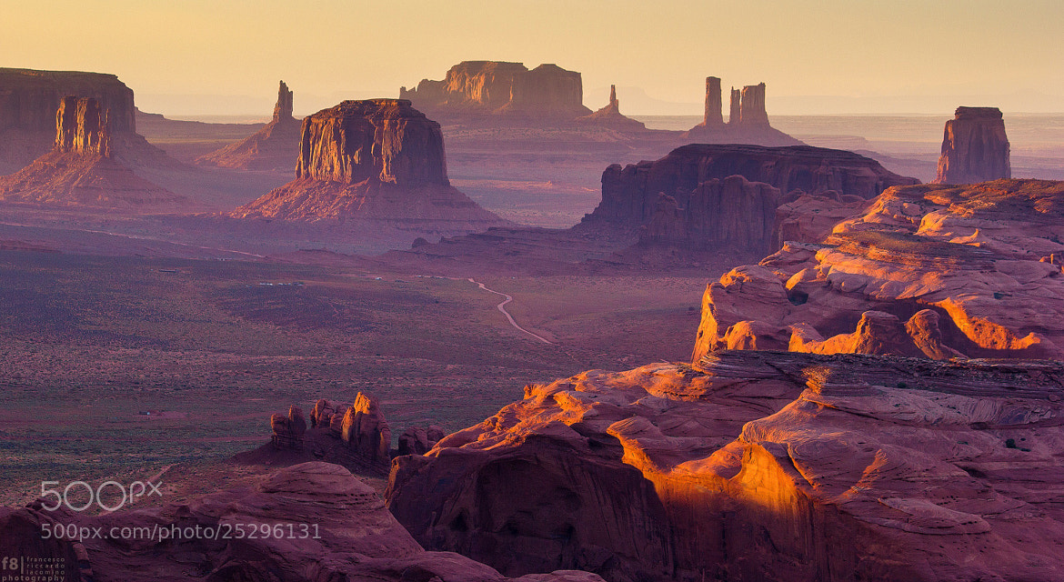 Photograph Hunt's Mesa - Monument Valley by Francesco Riccardo Iacomino on 500px