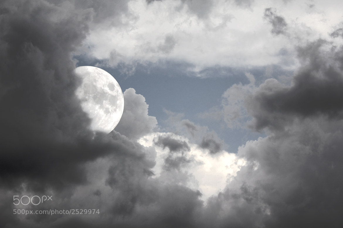Photograph The moon is near by Austin Marti on 500px