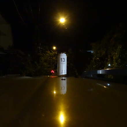 White Bottle, Sony DSC-QX10
