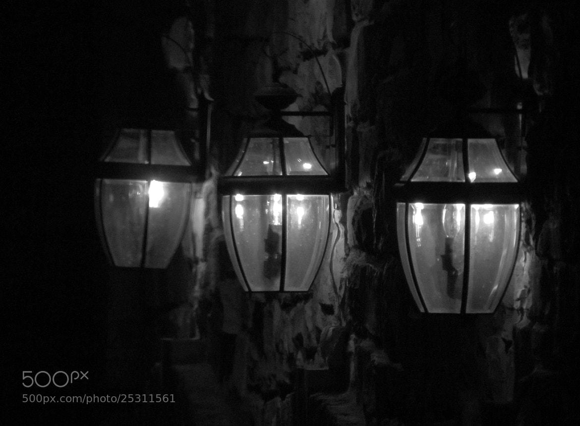 Photograph House Lights by Palmer Allen on 500px