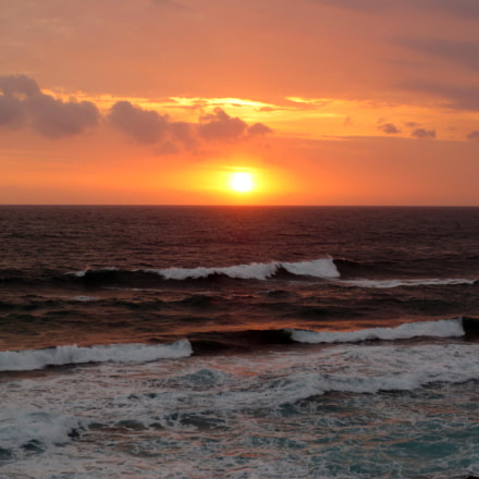 sunrise and wave, Canon IXUS 125 HS