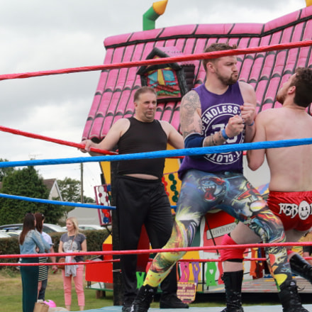 Wrestling at the Far, Canon EOS 1200D, Canon EF 24-85mm f/3.5-4.5 USM