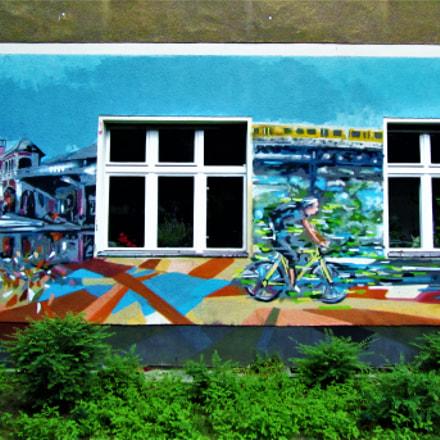 A mural in Berlin, Canon POWERSHOT SX210 IS