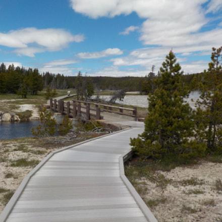 Yellowstone Walkway, Nikon COOLPIX S33