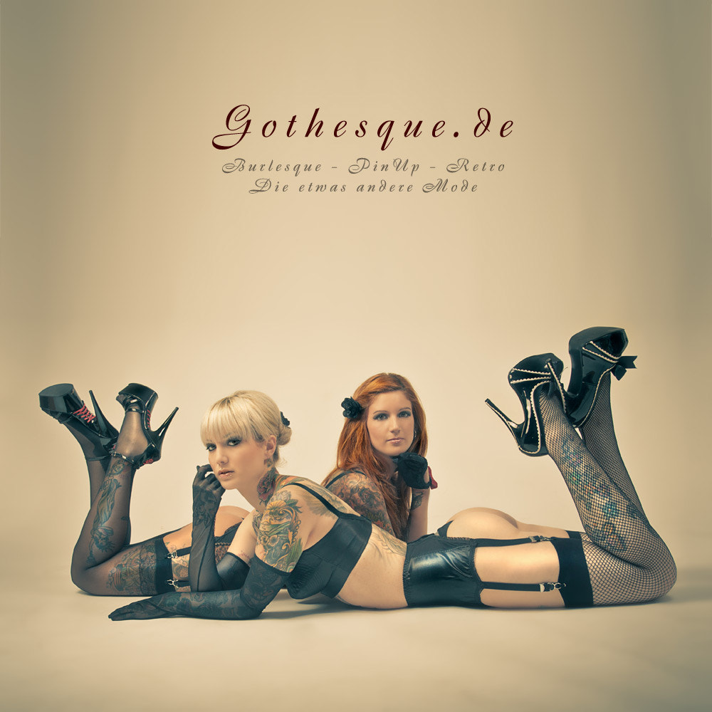 Photograph Our Gothesque-Girls: Dramaqueen & Vivian by Der Sand on 500px