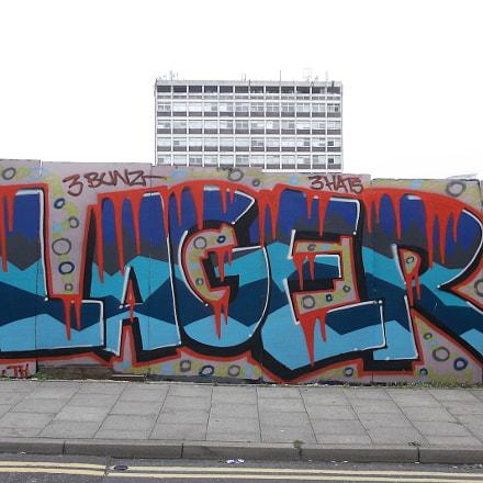 Frothy Lager Graffiti By, Fujifilm FinePix JV250
