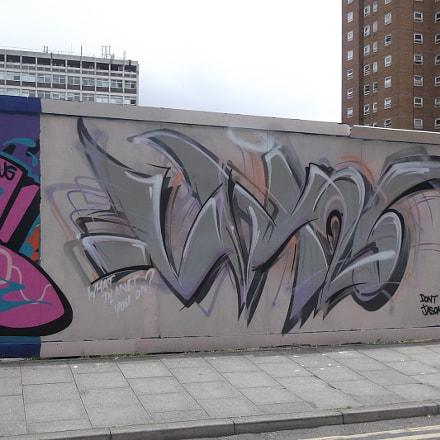 Angular Grey White Graffiti, Fujifilm FinePix JV250