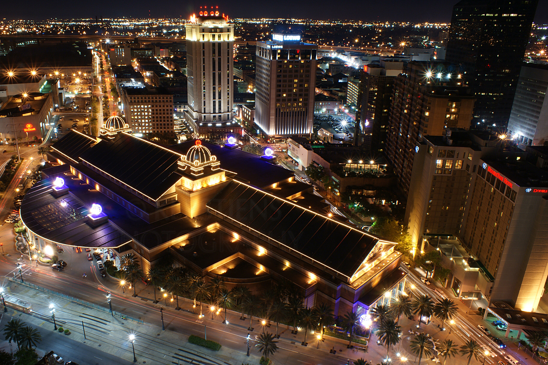 Photograph Harrah's Casino at Night by Stephen Kerstiens on 500px