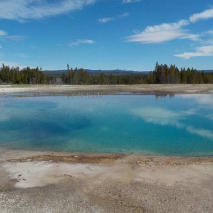 Yellowstone Blue Water Body, Nikon COOLPIX S33