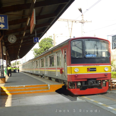 Manggarai Railway Station, Panasonic DMC-S1