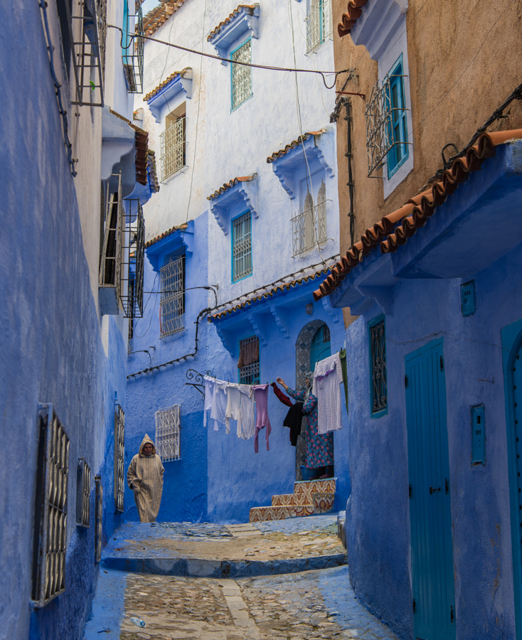 Hanging Laundry In Chefchaouen by Matt MacDonald on 500px.com