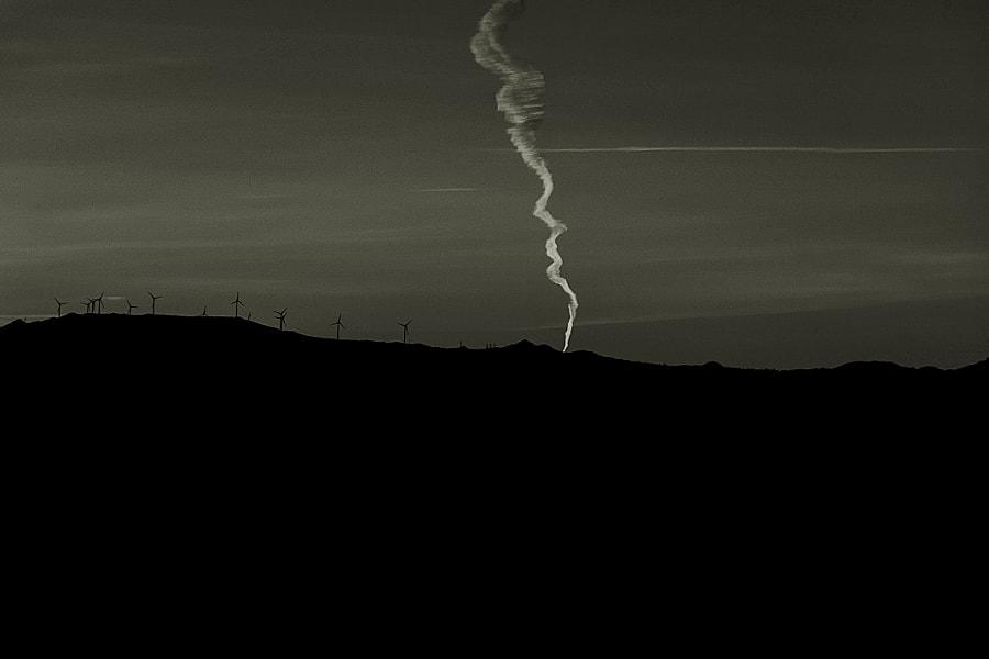 Smoke signals., автор — Miguel Silva на 500px.com