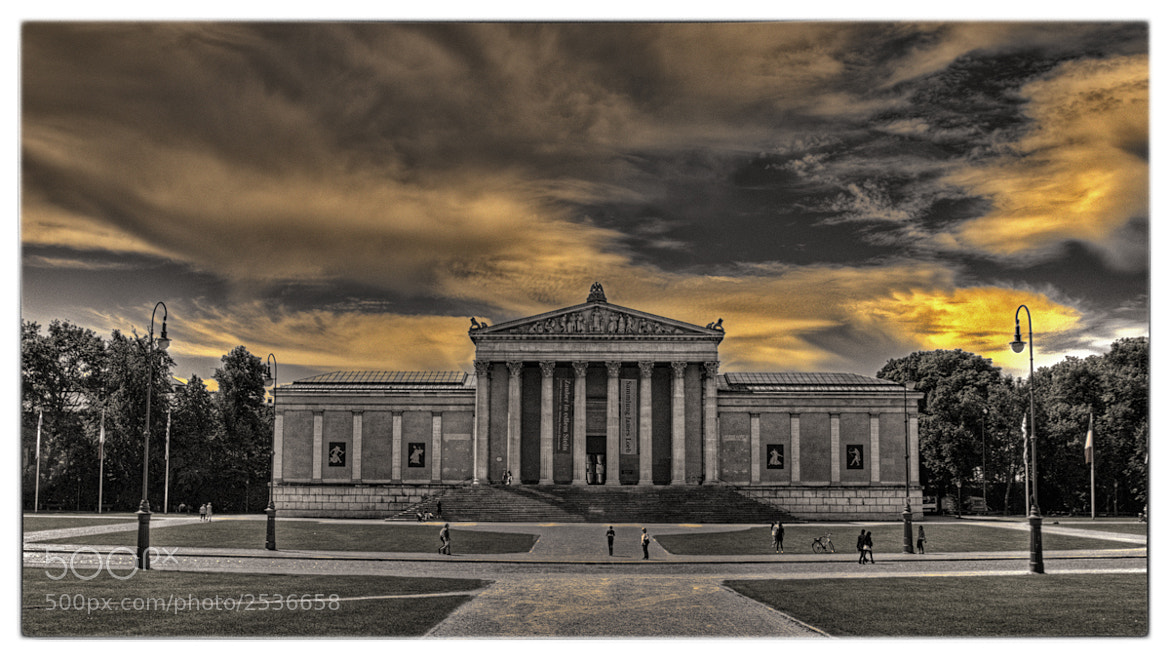 Photograph The King´s Place  by Klaus Schicker on 500px