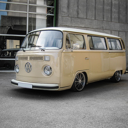 VW Bus, Canon POWERSHOT A3100 IS