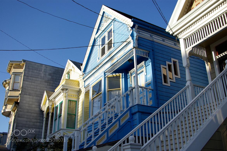 Photograph La maison bleue by Gilles Le Drian on 500px