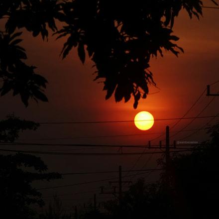 Red Sun, Sony DSC-QX10