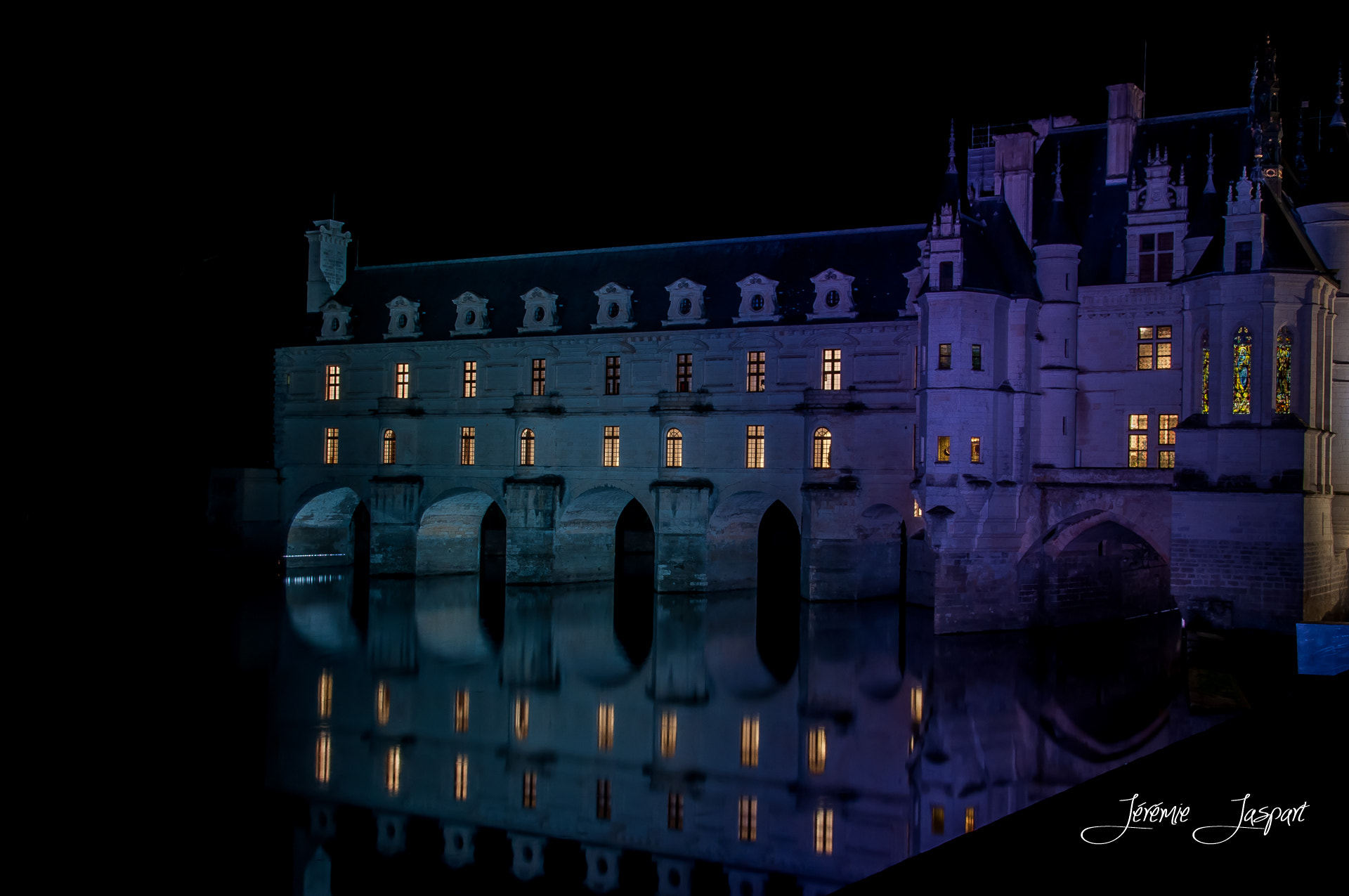Photograph Chenonceau by night by Jérémie Jaspart on 500px