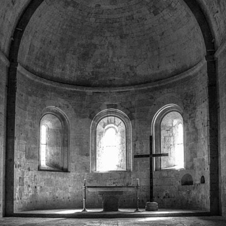 Abbaye du Thoronet, Nikon E8800