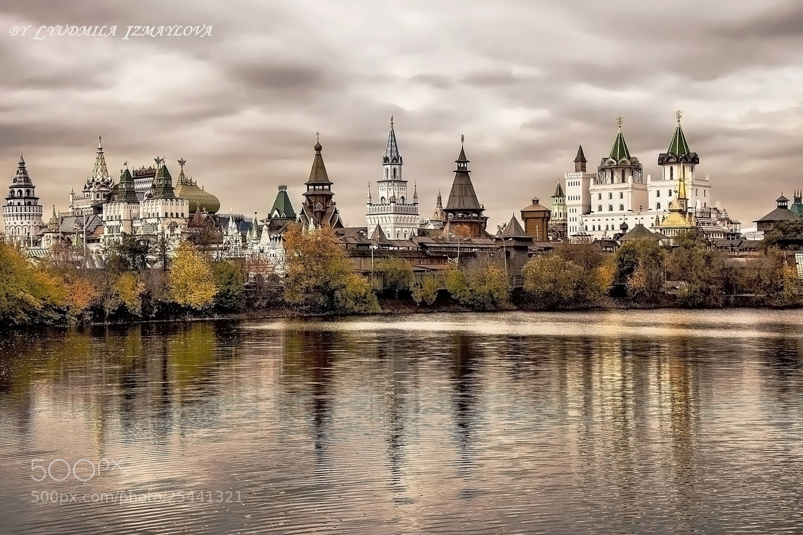 Photograph Kremlin in Izmailovo in autumn by Lyudmila Izmaylova on 500px