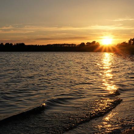 Spring sunset on Threipmuir, Sony ILCE-6000, Sony E 18-50mm F4-5.6