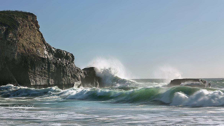 Photograph Killer Wave by Joseph Trinh on 500px