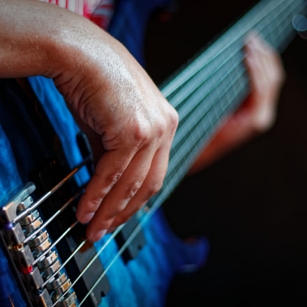 Base guitar player, Canon EOS 700D, Canon EF 50mm f/1.8 STM