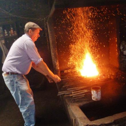 I am a blacksmith, Panasonic DMC-TZ18