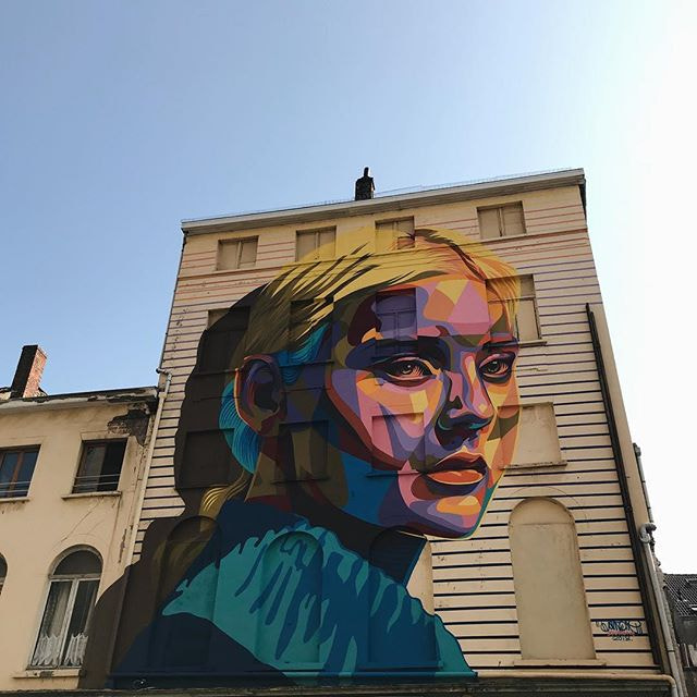 #streetart #thechrystalship #oostende #ostend #visitoostende #vsco #vscocam #colours #wall...