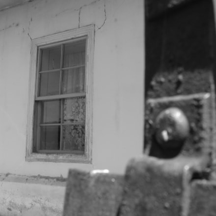 Grandpa's house, Canon POWERSHOT S1 IS