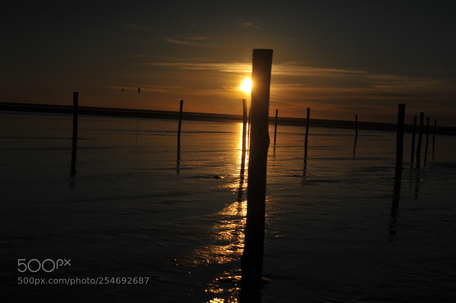 Ocultas el sol You, Nikon D700, AF Zoom-Nikkor 35-80mm f/4-5.6D N