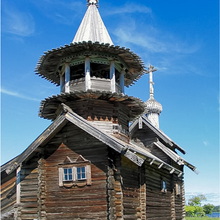 Russian wooden church built, Canon POWERSHOT G5