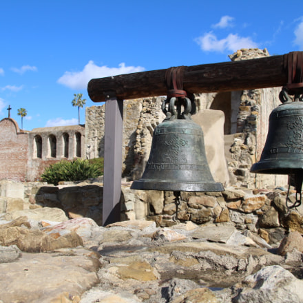 Old Mission Bells, Canon EOS REBEL T6, Canon EF-S 17-55mm f/2.8 IS USM