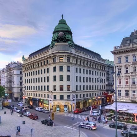 A street of Vienna, Fujifilm XQ1