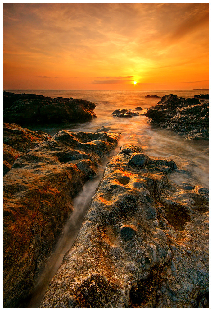 Photograph Into the Sun by Geoffrey Baker on 500px
