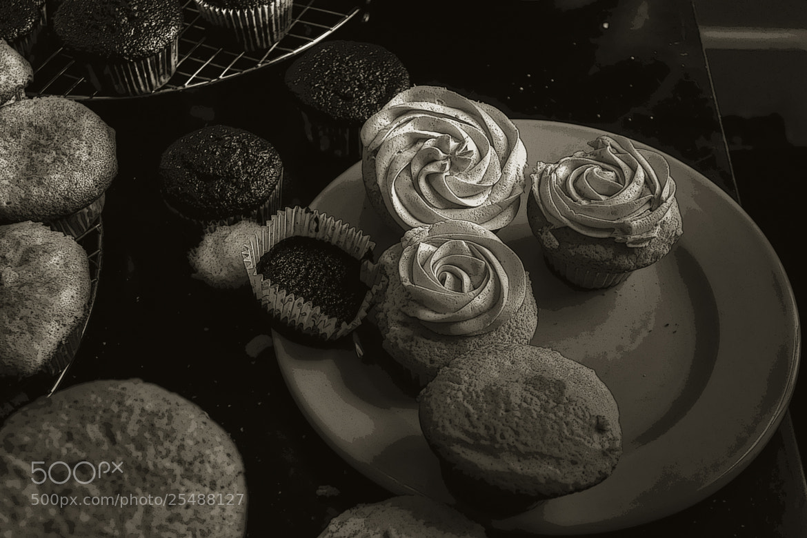 Photograph cup cakes by Frederick Hartman on 500px