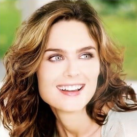 Emily Deschanel by Penny La (MikitaShaggie)) on 500px.com