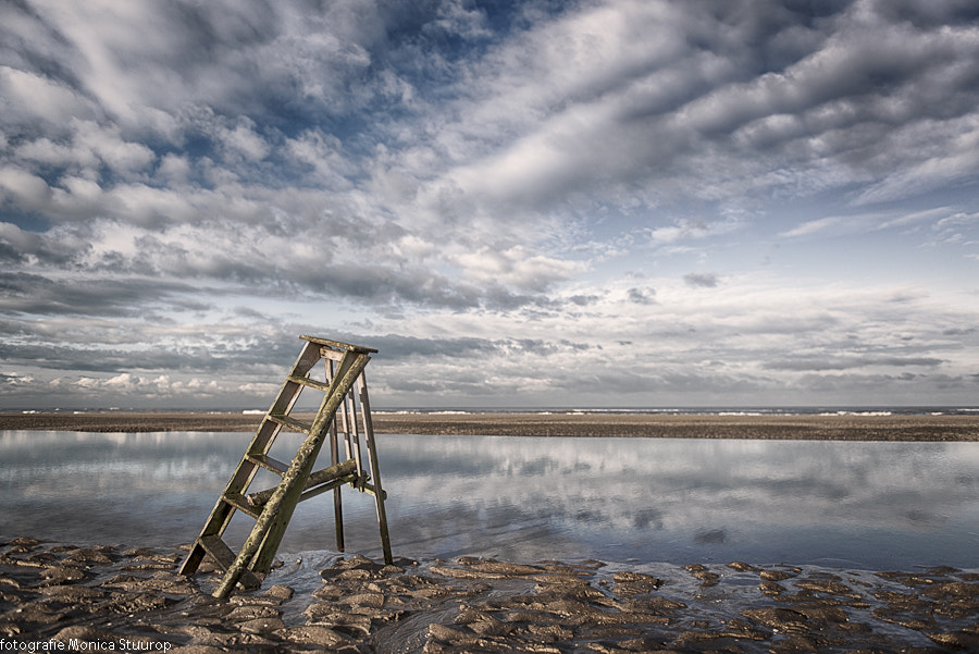 Photograph Broken stairs by Monica Stuurop on 500px