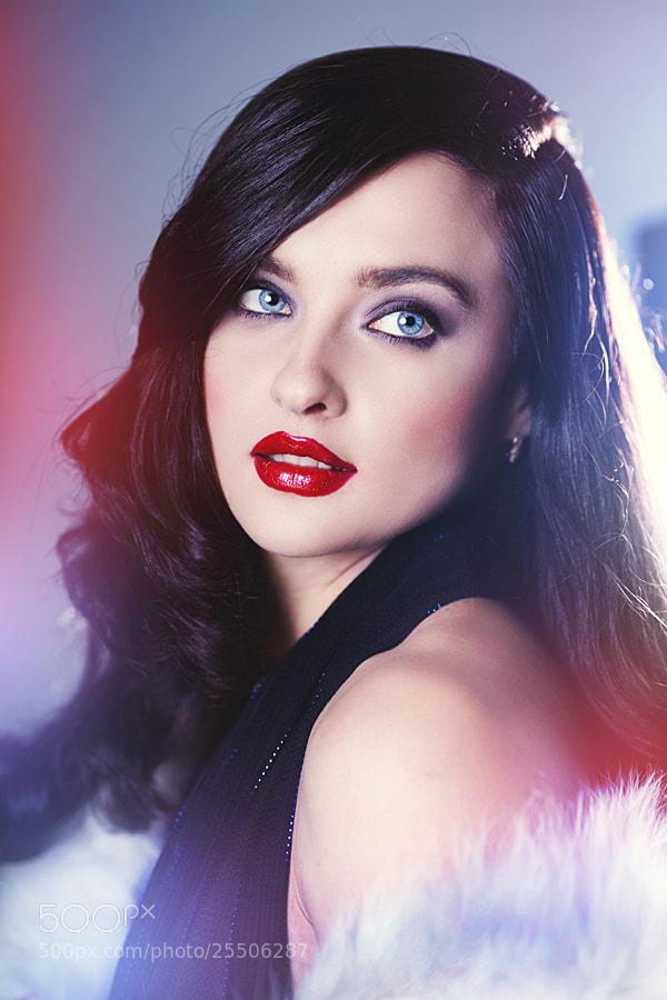 Photograph beautiful woman by Alena Kycher on 500px