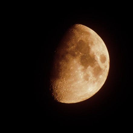 Half moon, Sony DSC-H300