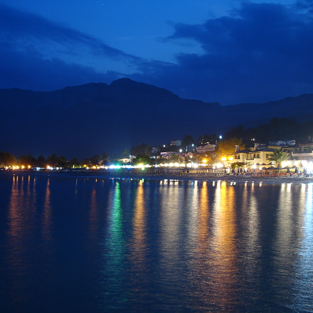 Night view of Golden, Sony DSC-P200