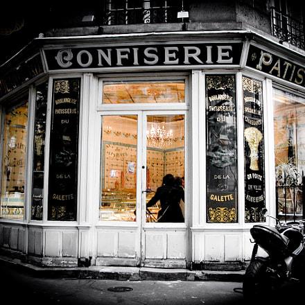 Paris Confiserie, Nikon E5700