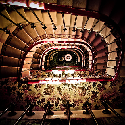 Paris stairway, Nikon E5700