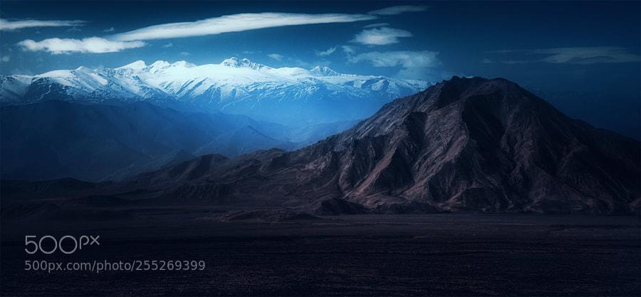 无声的昆仑(Silent Kunlun mountains)