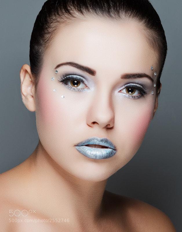 MODEL: Alena Lyubavina<br/>MUA: Amanda Tacus